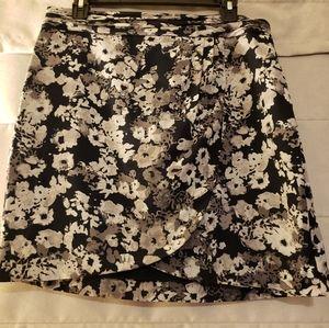 Banana Republic Dress Mini Skirt. Size 8